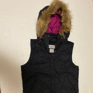 Columbia: Down Puffer Vest with Detachable Hood
